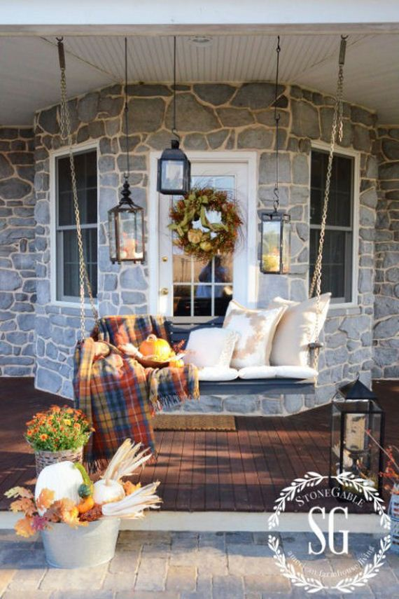 06-Decorate-Porch