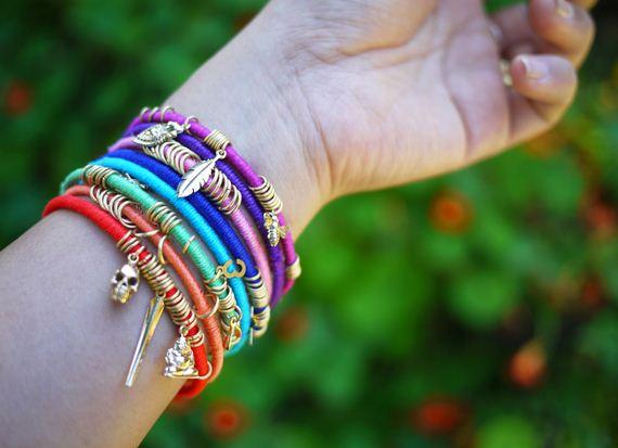 01-Make-Bracelets