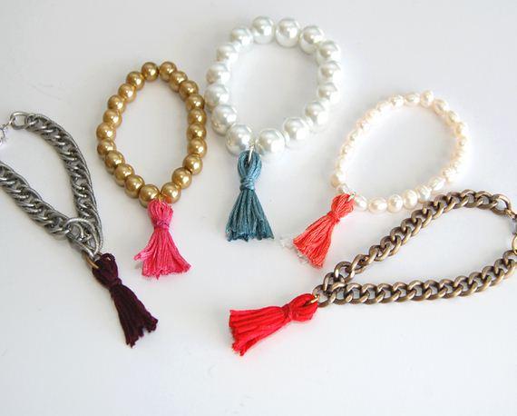 06-Make-Bracelets