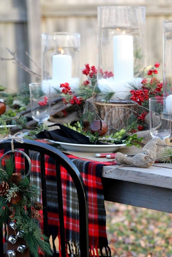 10-Christmas-Tablescapes