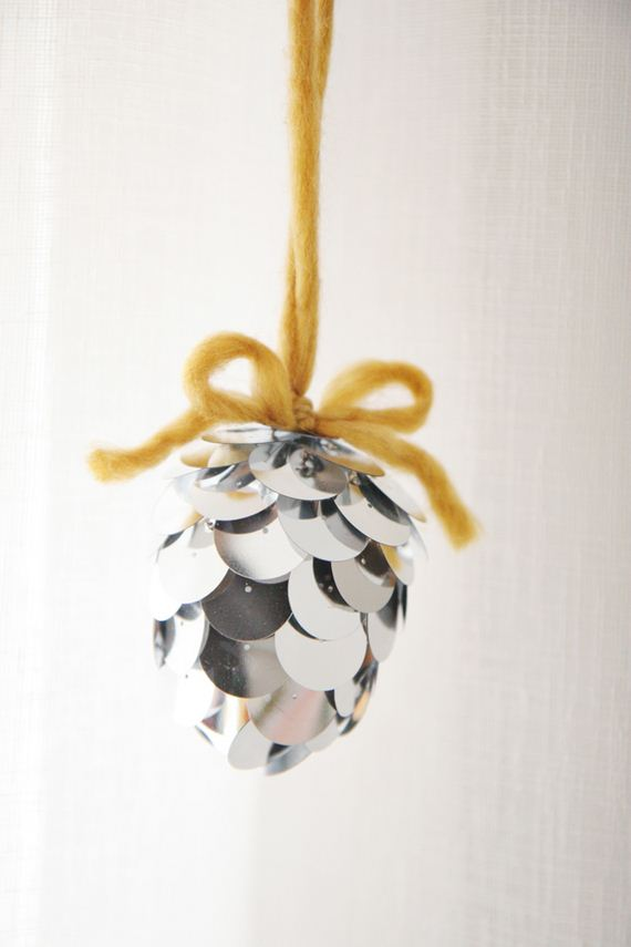 15-Christmas-Ornaments