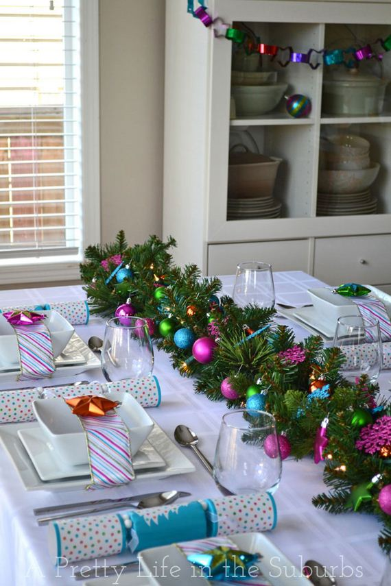 17-Christmas-Tablescapes