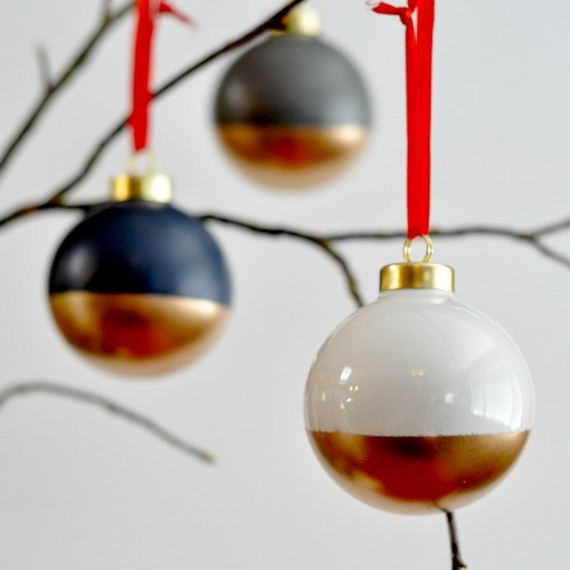 26-Christmas-Ornaments