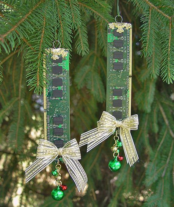 35-Christmas-Ornaments