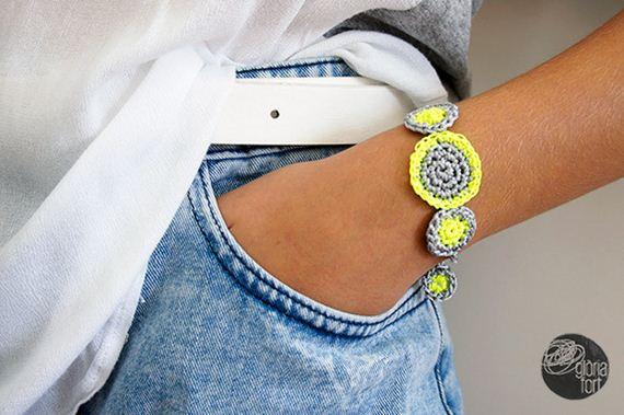 04-Colorful-Bracelets