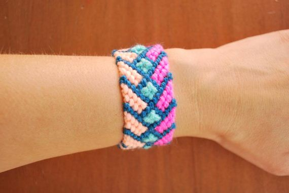 09-Colorful-Bracelets