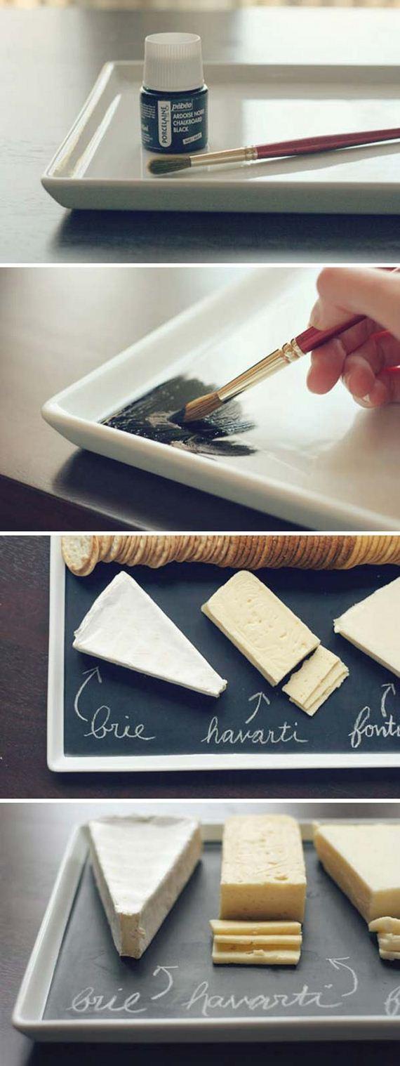 09-chalkboard-on-kitchen