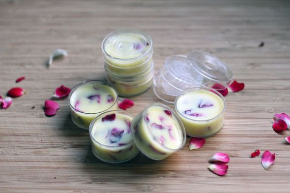 01-DIy-Coconut-Rose-Lip-Balm