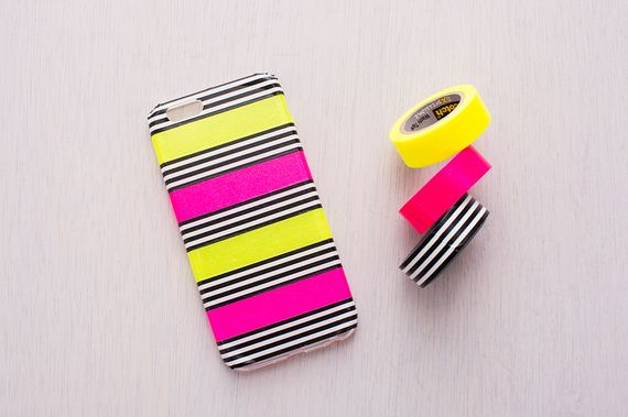 01-DIy-Washi-Tape-Phone-cake