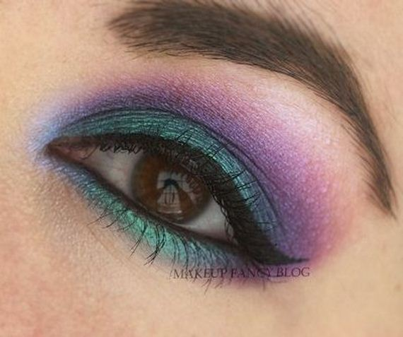 03-Deep-Blue-Inspired-Eye-Makeup