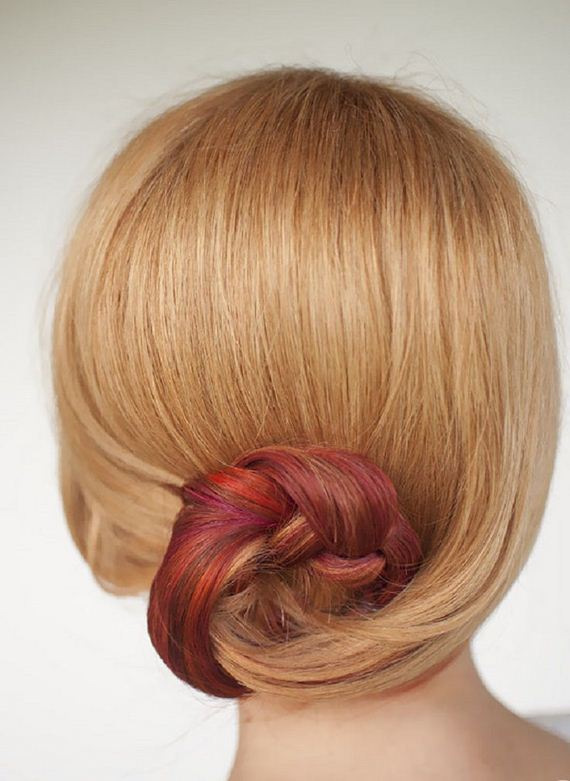 03-Quick-And-Easy-Hair-Buns
