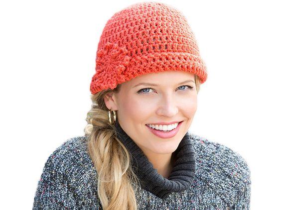 04-DIY-Chunky-Crochet-Infinity-Scarf