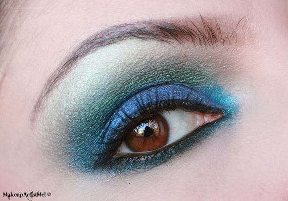 05-Deep-Blue-Inspired-Eye-Makeup