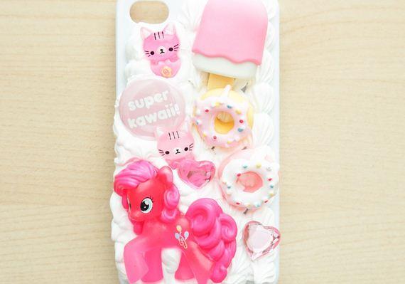 06-DIy-Washi-Tape-Phone-cake