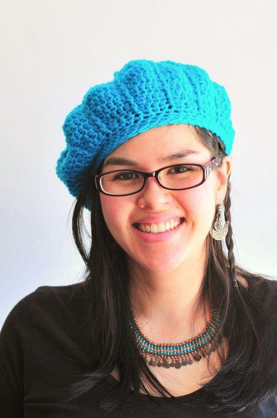 14-DIY-Chunky-Crochet-Infinity-Scarf