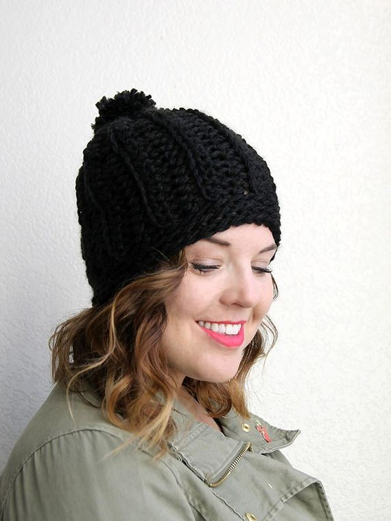20-DIY-Chunky-Crochet-Infinity-Scarf