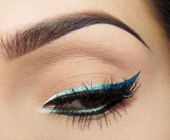 24-Cat-Eye-Makeup-Tutorial