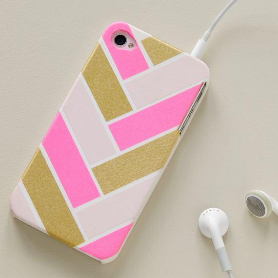 24-DIy-Washi-Tape-Phone-cake