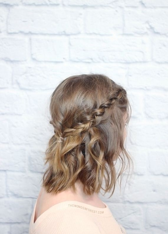 01-short-hair-braided-tutorial