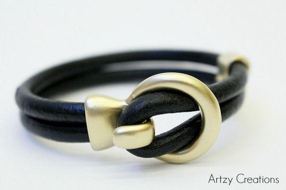 04-Leather-Bracelet-Tutorials