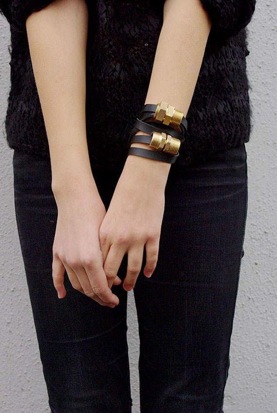 05-Leather-Bracelet-Tutorials