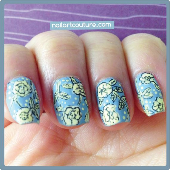 07-water-marble-nails-with-elmers-glue