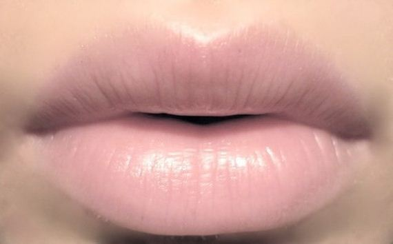 13-Fuller-Lips