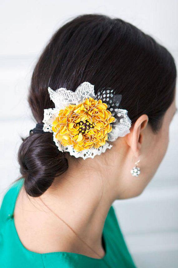22-DIY-Pretty-Hair-Accessories
