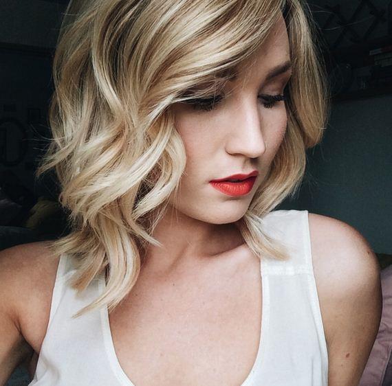 01-wavy-blond-curls-haircut