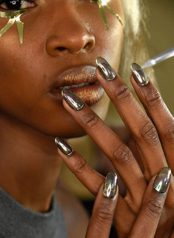 07-spring-2016-nail-art-trends-feature