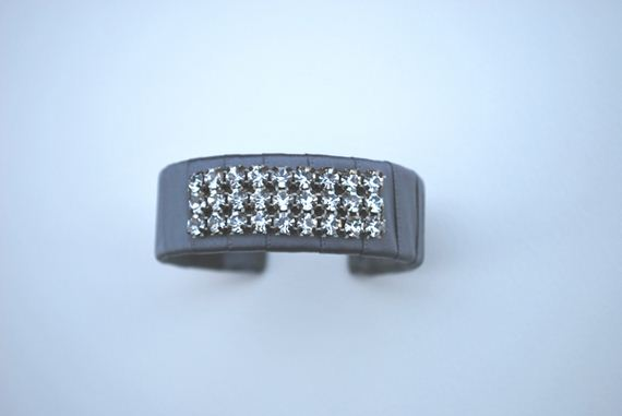 09-DIY-Morse-Code-Bracelets