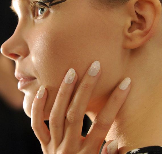11-spring-2016-nail-art-trends-feature
