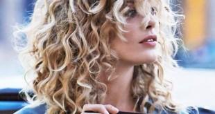 11-wavy-blond-curls-haircut