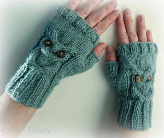 12-Everyone-Loves-Mittens