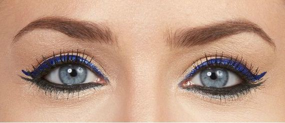 15-Cat-Eye-Winged-Liner-Tutorial