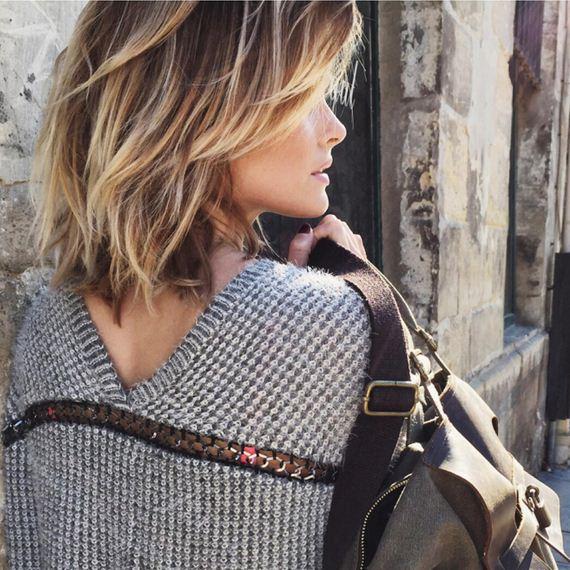 22-wavy-blond-curls-haircut