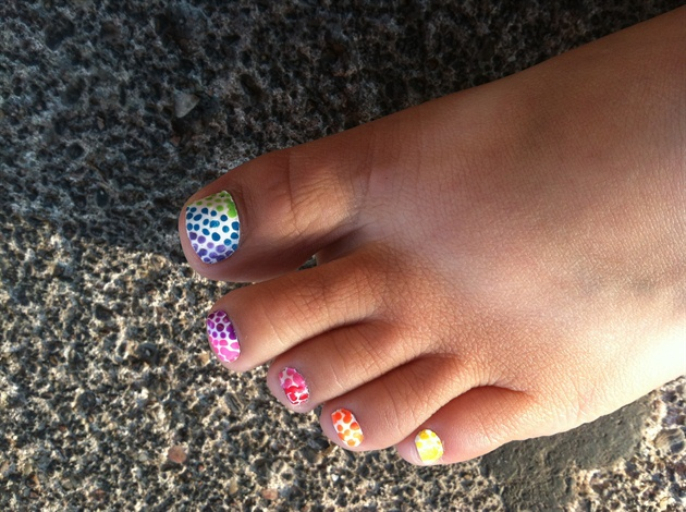 03-Toenail-Designs-Summer