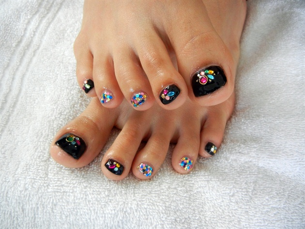 04-Toenail-Designs-Summer