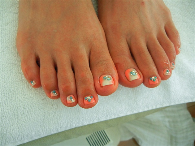 05-Toenail-Designs-Summer