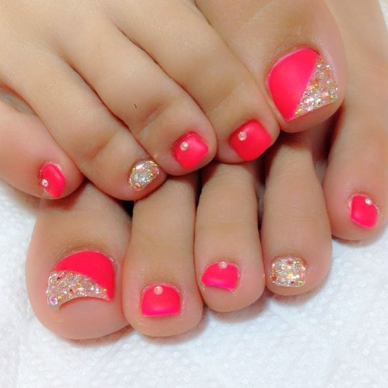 07-Toenail-Designs-Summer