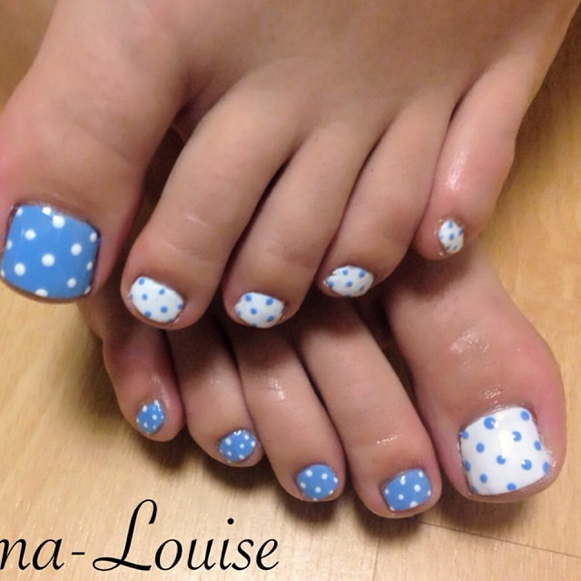 12-Toenail-Designs-Summer