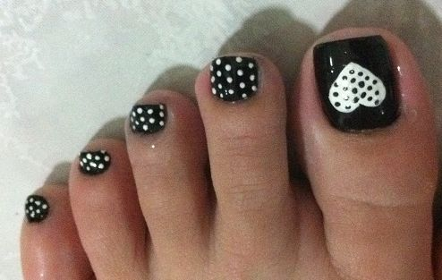 14-Toenail-Designs-Summer