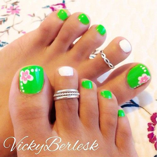 16-Toenail-Designs-Summer
