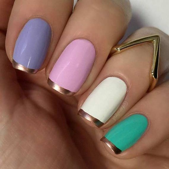 01-French-Tip-Nails