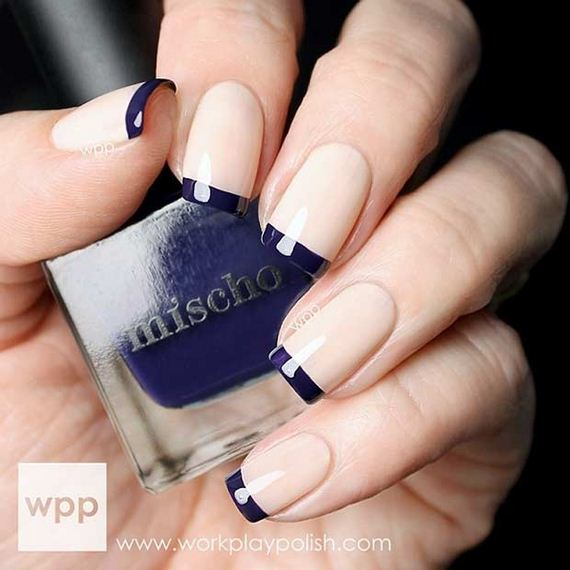 02-French-Tip-Nails