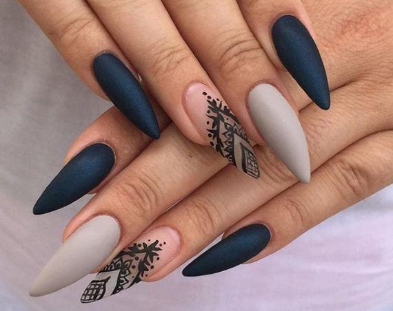 02-stiletto-nails