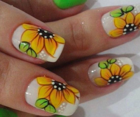 03-sunflower-nail-designs