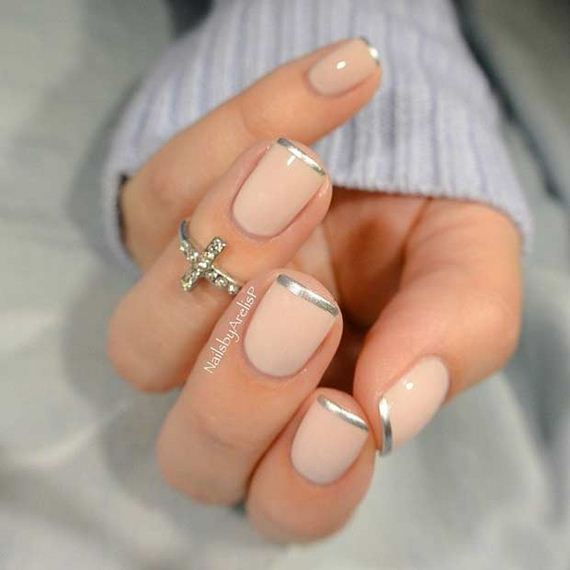 05-French-Tip-Nails