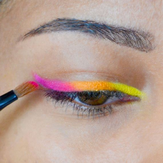 06-Cinco-De-Mayo-Party-Makeup