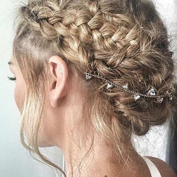 06-Gorgeous-Updos-Bridesmaids